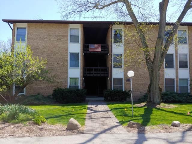 5540 E Lake Drive F, Lisle, IL 60532 (MLS #11072377) :: Littlefield Group