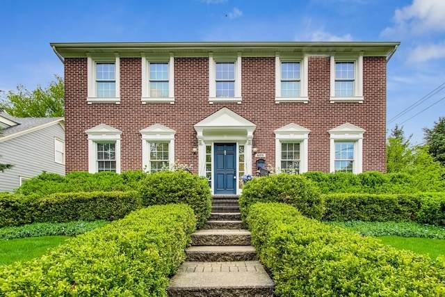 609 Lange Court, Libertyville, IL 60048 (MLS #11073101) :: Helen Oliveri Real Estate