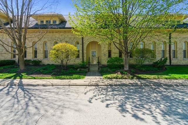 848 Stables Court E #848, Highwood, IL 60040 (MLS #11073118) :: Helen Oliveri Real Estate
