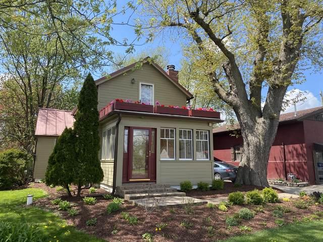 1N254 Lafox Road, Elburn, IL 60147 (MLS #11073447) :: Helen Oliveri Real Estate