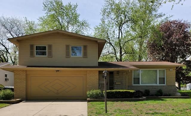 726 W Palm Drive, Glenwood, IL 60425 (MLS #11073524) :: Helen Oliveri Real Estate