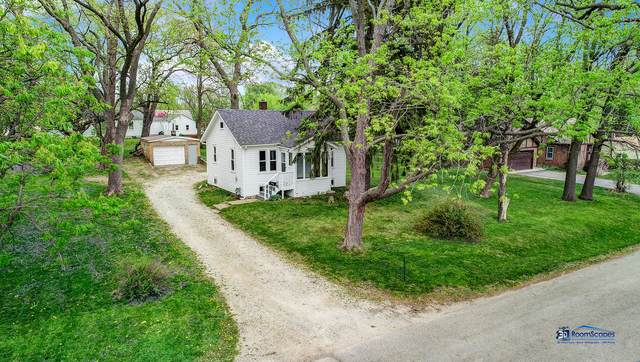 3404 2nd Avenue, Mchenry, IL 60050 (MLS #11074003) :: Ani Real Estate