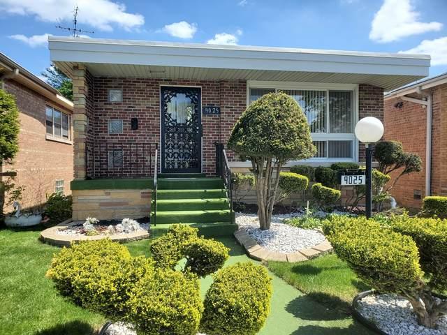 9025 S Yates Boulevard, Chicago, IL 60617 (MLS #11074068) :: Helen Oliveri Real Estate