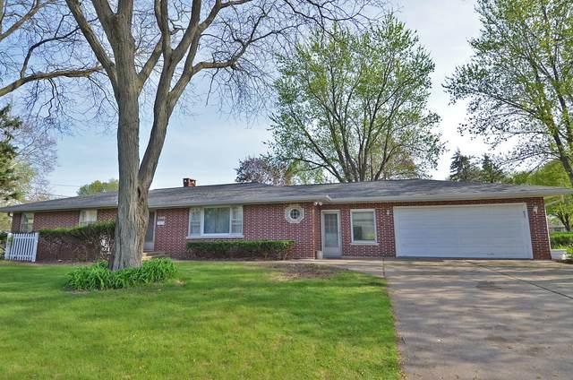 2400 11th Street, Peru, IL 61354 (MLS #11074175) :: Helen Oliveri Real Estate