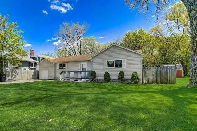 38081 N Nippersink Drive, Spring Grove, IL 60081 (MLS #11074789) :: Helen Oliveri Real Estate