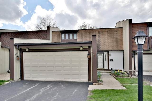 11 Heatherwood Court, Indian Head Park, IL 60525 (MLS #11075259) :: Helen Oliveri Real Estate
