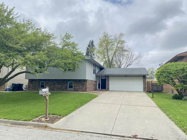 1200 George Drive, Normal, IL 61761 (MLS #11075517) :: Littlefield Group