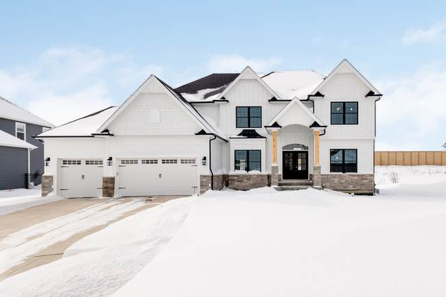 4224 Chinaberry Lane, Naperville, IL 60564 (MLS #11076615) :: Helen Oliveri Real Estate