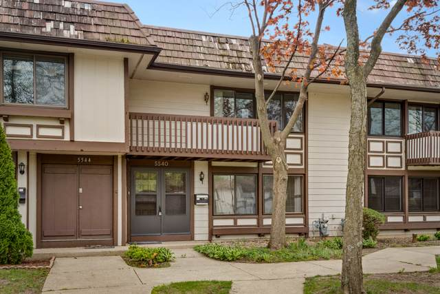 5540 Pebblebeach Drive, Hanover Park, IL 60133 (MLS #11076853) :: Helen Oliveri Real Estate