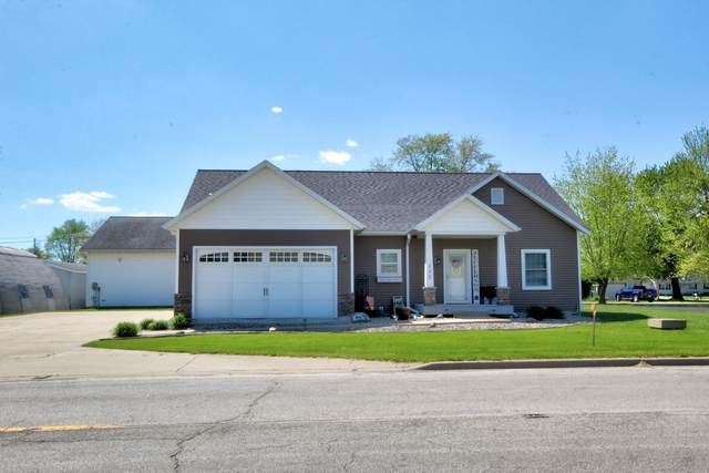 235 N Jefferson Street, Watseka, IL 60970 (MLS #11077475) :: BN Homes Group