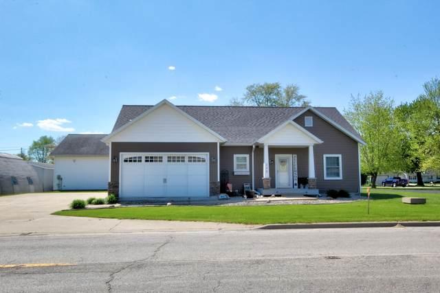 235 N Jefferson Street, Watseka, IL 60970 (MLS #11077475) :: Littlefield Group