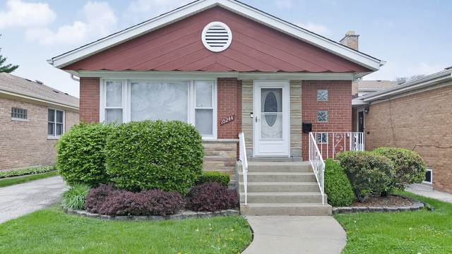10244 S Trumbull Avenue, Evergreen Park, IL 60805 (MLS #11077883) :: Littlefield Group