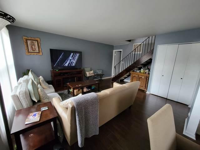 Hoffman Estates, IL 60169 :: Jacqui Miller Homes