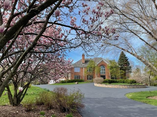 26 Rolling Hills Drive, Barrington Hills, IL 60010 (MLS #11078539) :: Helen Oliveri Real Estate