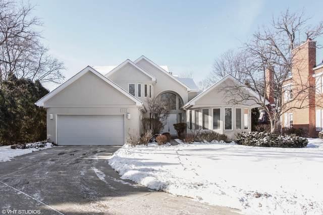 905 Shabona Lane, Wilmette, IL 60091 (MLS #11078551) :: Helen Oliveri Real Estate