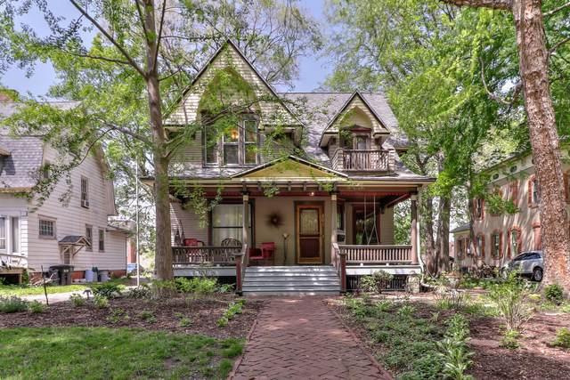 806 W Main Street, Urbana, IL 61801 (MLS #11078642) :: Ryan Dallas Real Estate