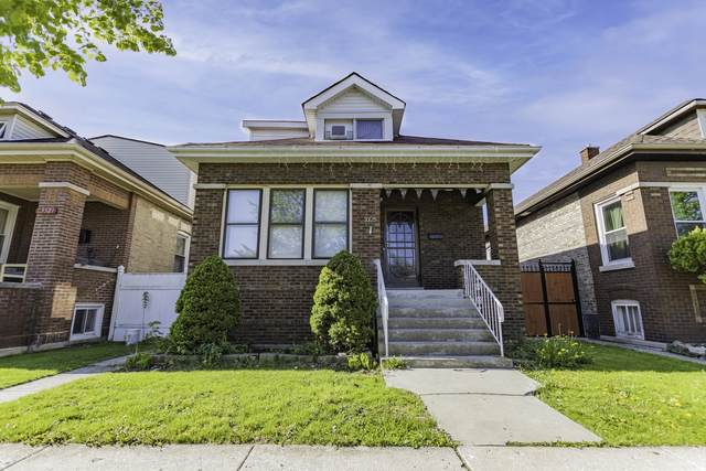 3325 W 66th Place, Chicago, IL 60629 (MLS #11079409) :: The Spaniak Team
