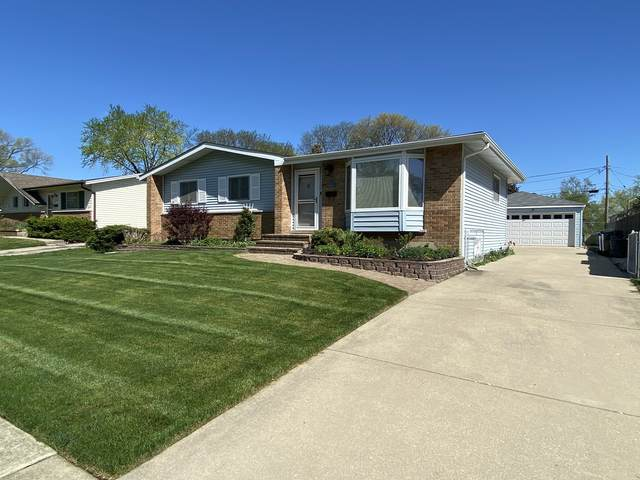 708 E Greenwood Drive, Mount Prospect, IL 60056 (MLS #11079498) :: Helen Oliveri Real Estate