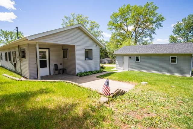 6148 Elevator Road, Roscoe, IL 61073 (MLS #11080153) :: Helen Oliveri Real Estate