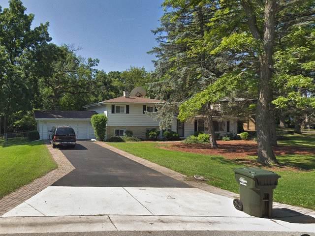 927 Rosewood Drive, Carpentersville, IL 60110 (MLS #11080519) :: Suburban Life Realty