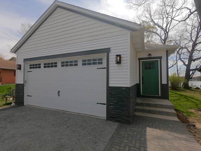 33612 N Gages Lake Drive, Grayslake, IL 60030 (MLS #11080613) :: Helen Oliveri Real Estate