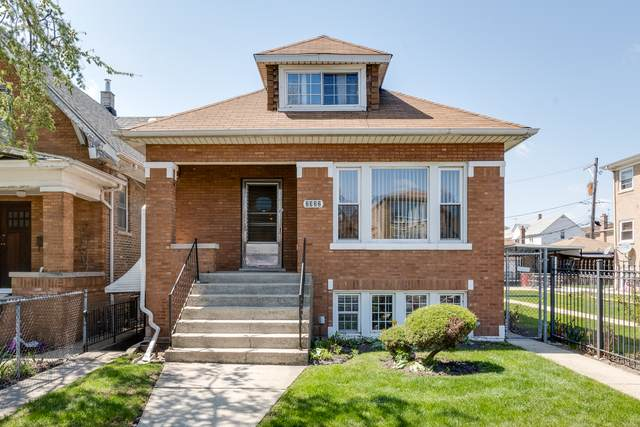 2322 N Mobile Avenue, Chicago, IL 60639 (MLS #11080809) :: Helen Oliveri Real Estate