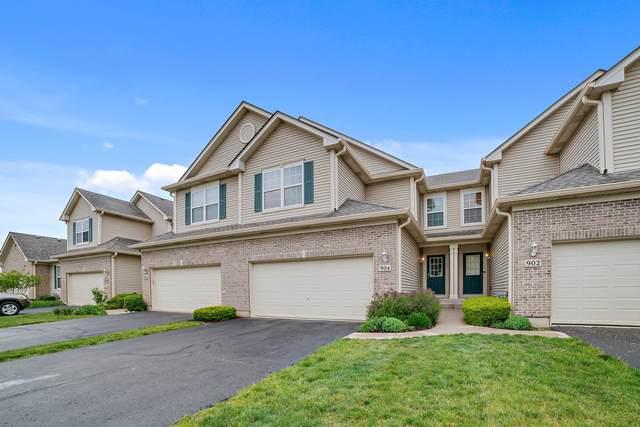 904 Oak Ridge Boulevard, Elgin, IL 60120 (MLS #11080835) :: Ani Real Estate
