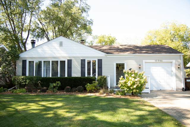 17708 67th Avenue, Tinley Park, IL 60477 (MLS #11081137) :: Helen Oliveri Real Estate