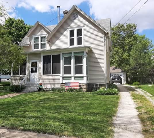 615 N 12th Street, Dekalb, IL 60115 (MLS #11081200) :: Helen Oliveri Real Estate