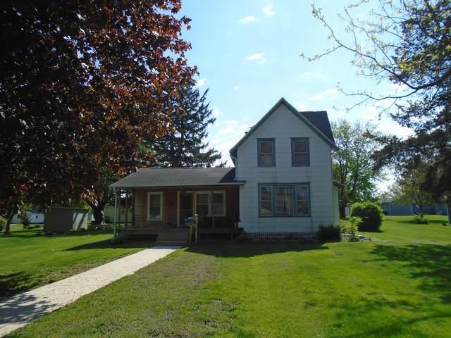 1805 Stroble Avenue, Mendota, IL 61342 (MLS #11081319) :: Helen Oliveri Real Estate