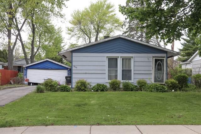 740 Houston Drive, Carpentersville, IL 60110 (MLS #11081408) :: Suburban Life Realty
