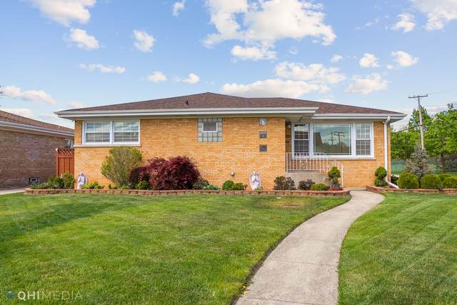 6800 W Oakton Court, Niles, IL 60714 (MLS #11081420) :: Helen Oliveri Real Estate