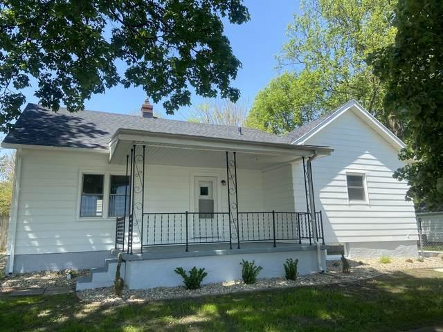 918 E Locust Street, Bloomington, IL 61701 (MLS #11081791) :: Janet Jurich
