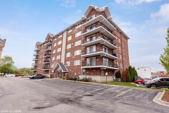 8030 Riverwalk Drive 3C, Lyons, IL 60534 (MLS #11081809) :: Helen Oliveri Real Estate