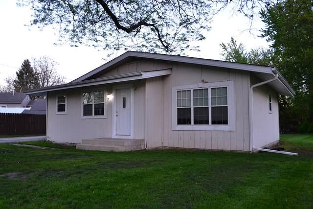 145 E 1st Street, Braidwood, IL 60408 (MLS #11081839) :: Carolyn and Hillary Homes