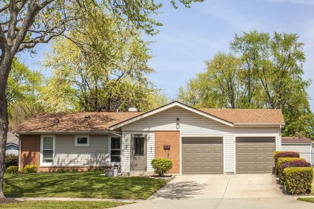 693 W Elk Grove Boulevard, Elk Grove Village, IL 60007 (MLS #11082039) :: Helen Oliveri Real Estate