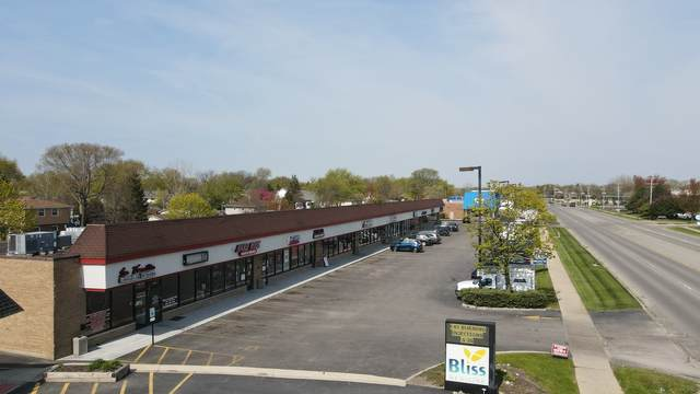 1804-1816 Irving Park Road, Hanover Park, IL 60133 (MLS #11082554) :: Helen Oliveri Real Estate