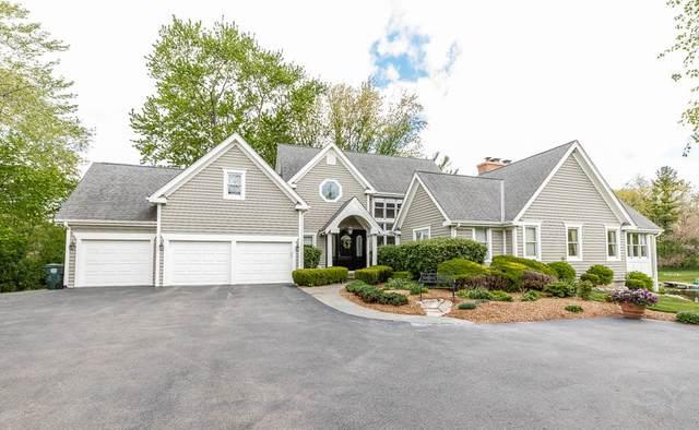 414 E Oakwood Drive, Barrington, IL 60010 (MLS #11082933) :: BN Homes Group