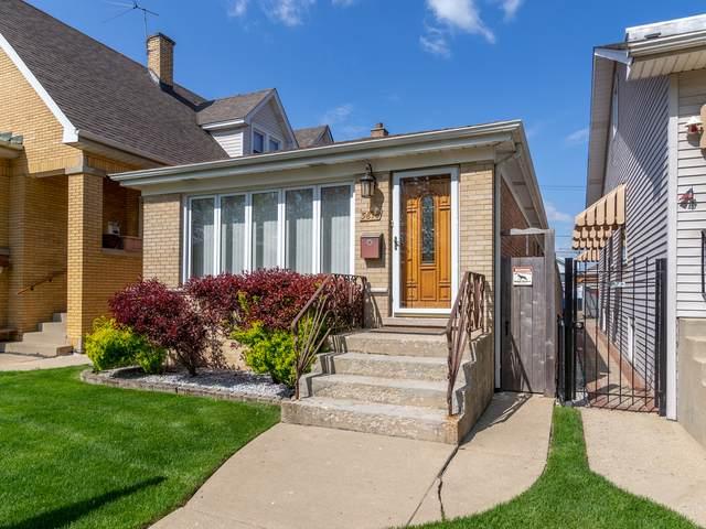 5818 N Mason Avenue, Chicago, IL 60646 (MLS #11082997) :: Helen Oliveri Real Estate