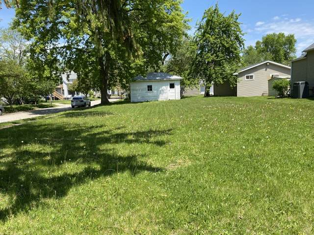 215 Seminary Avenue, Bloomington, IL 61701 (MLS #11083256) :: Janet Jurich