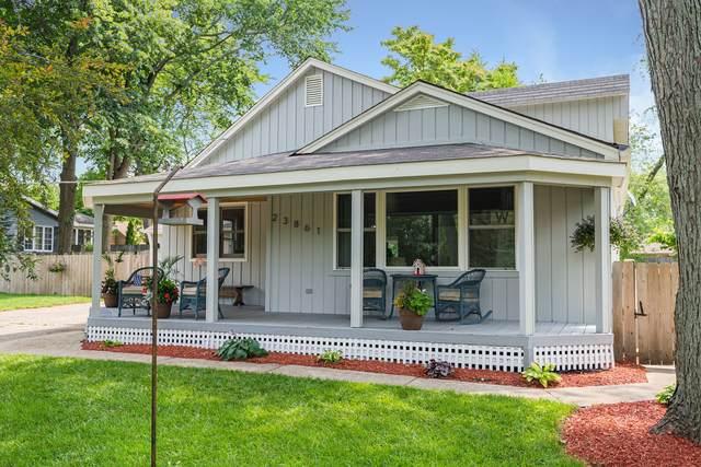 23861 N Lakeside Drive, Lake Zurich, IL 60047 (MLS #11083646) :: O'Neil Property Group