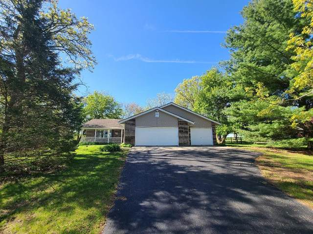 1749 E Water Road, Byron, IL 61010 (MLS #11083708) :: Helen Oliveri Real Estate