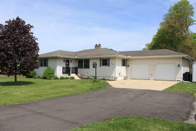 1901 Dixon Road, Rock Falls, IL 61071 (MLS #11083954) :: Helen Oliveri Real Estate