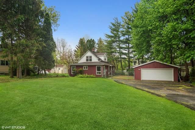 208 Grove Avenue, Fox River Grove, IL 60021 (MLS #11084050) :: Helen Oliveri Real Estate