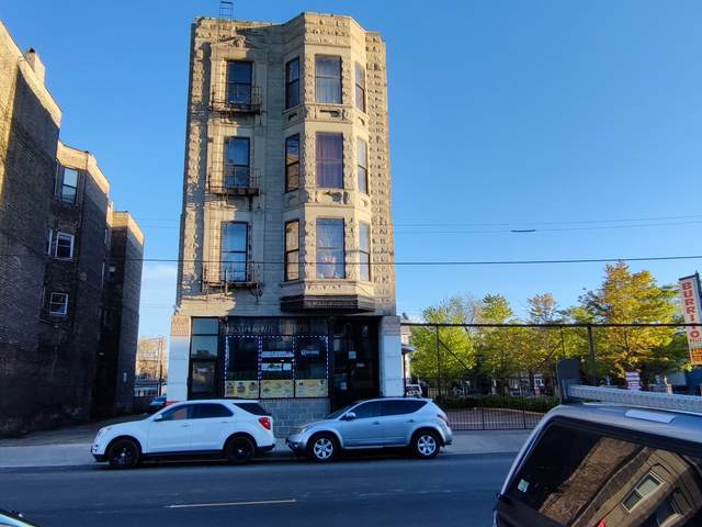 3219 W Cermak Road, Chicago, IL 60623 (MLS #11084456) :: Littlefield Group