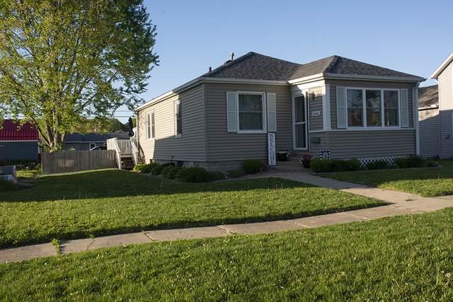 1005 15th Avenue, Fulton, IL 61252 (MLS #11084524) :: Helen Oliveri Real Estate