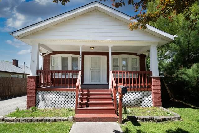 14546 Turner Avenue, Midlothian, IL 60445 (MLS #11085493) :: Helen Oliveri Real Estate