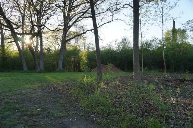 120 Rainbow Road, North Barrington, IL 60010 (MLS #11085698) :: Lewke Partners