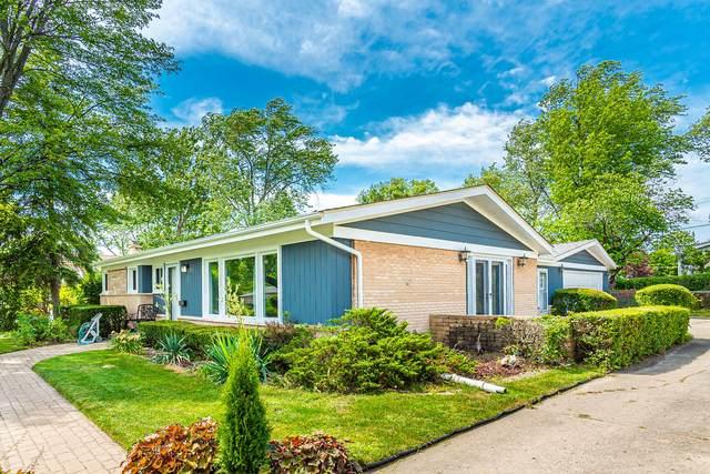 3120 Greenbriar Drive, Glenview, IL 60025 (MLS #11085864) :: Lewke Partners