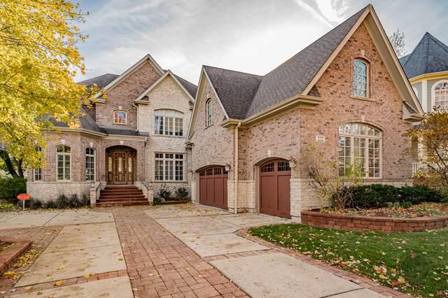 222 W Benton Avenue, Naperville, IL 60540 (MLS #11085932) :: Helen Oliveri Real Estate
